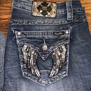 EUC Miss Me size 34/33 jeans. All bling intact!💍